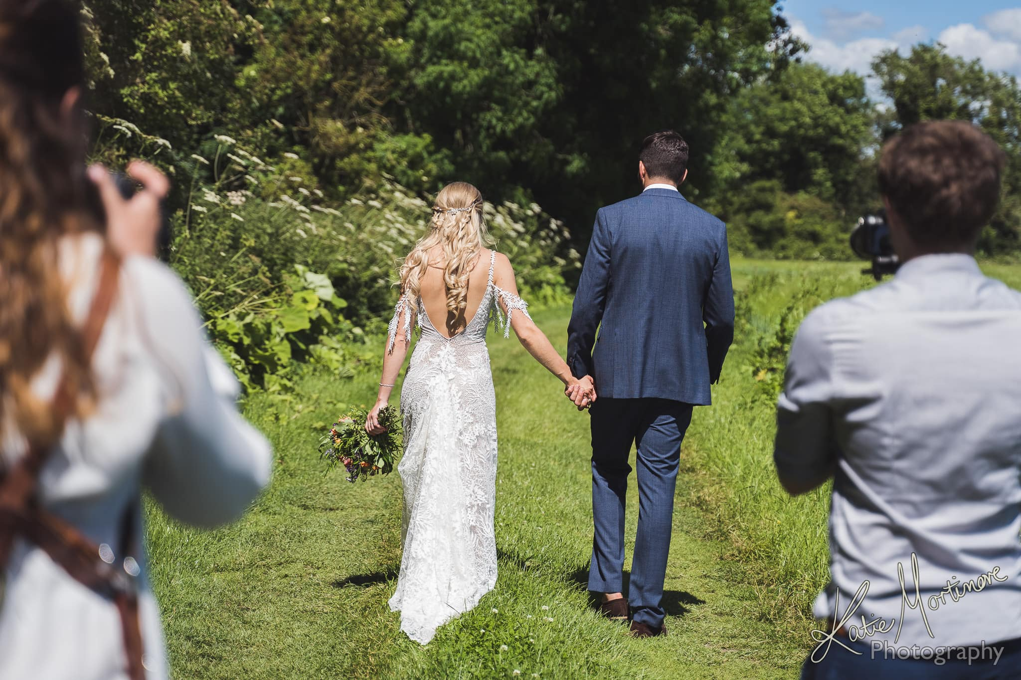 wedding photography hampshire wiltshire cottonworth vineyard fullerton estate